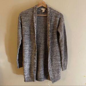 4 / $25 ☃️ Black and White Stitched Cardigan XS